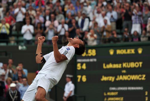 Janowicz logra por primera vez entrar a las semifinales de un Grand Slam.