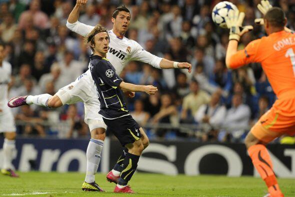 Cristiano Ronaldo fue parte del equipo titular pese a algunas dudas sobr...