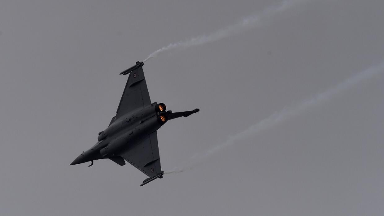 Avión caza francés