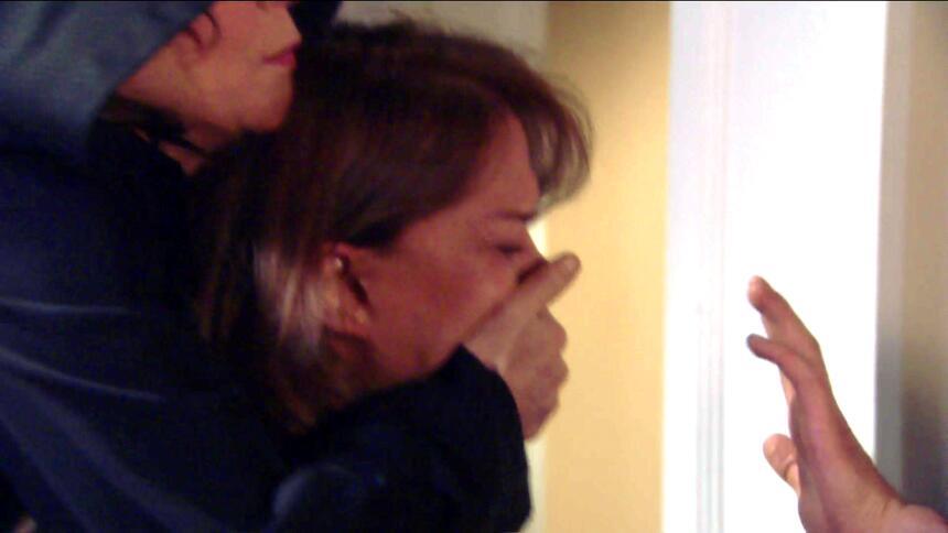 ¡Pedro y Fiorella tuvieron una noche llena de amor! 380BE42C1DE44A58AB32...