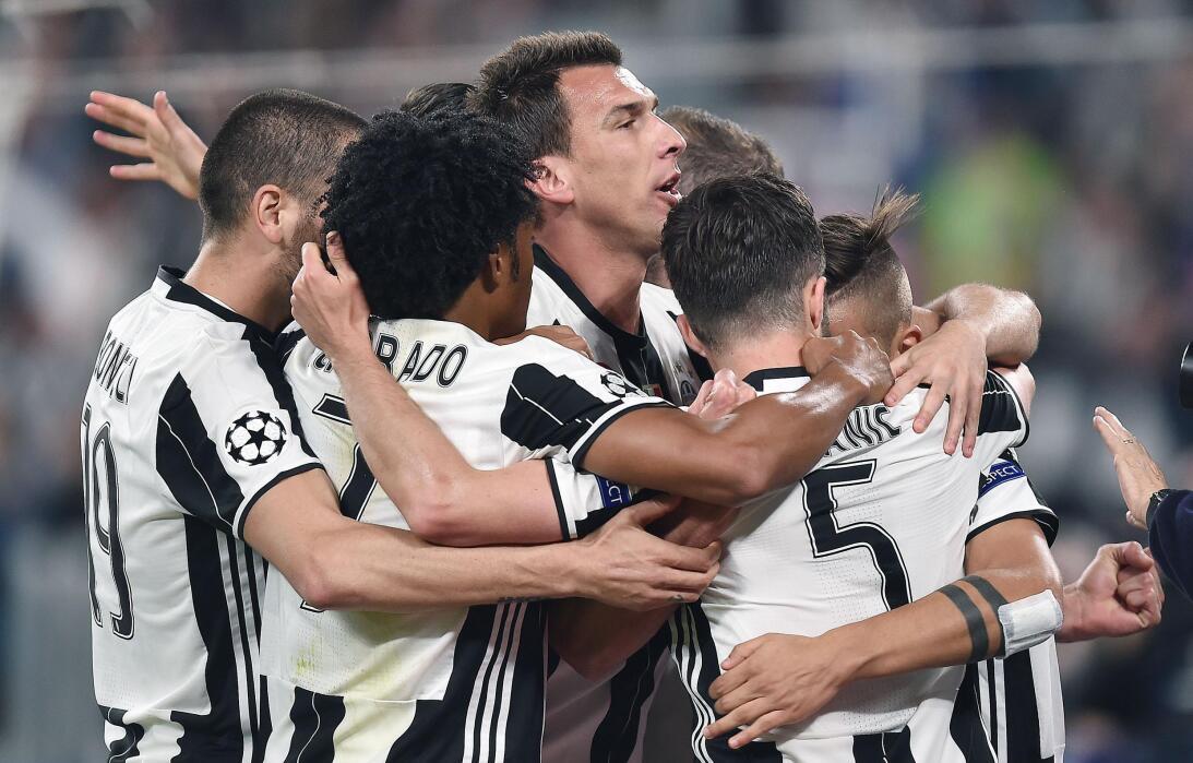 Juventus hizo fiesta contra Barcelona en la Champions League 63627544480...