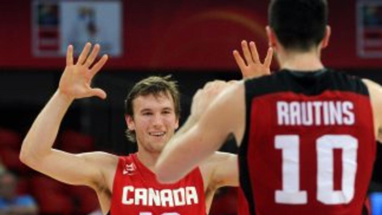 Canadá celebra su triunfo sobre México.