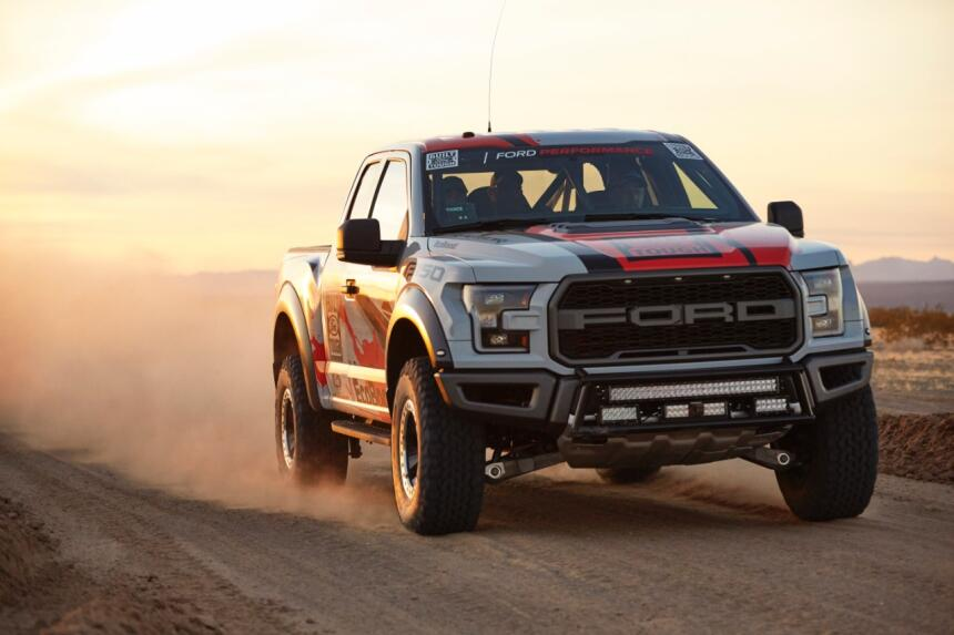 "Ford F-150 Raptor 2017 llega a ""Best in the Desert"" Raptor-Action-53-C1.jpg"