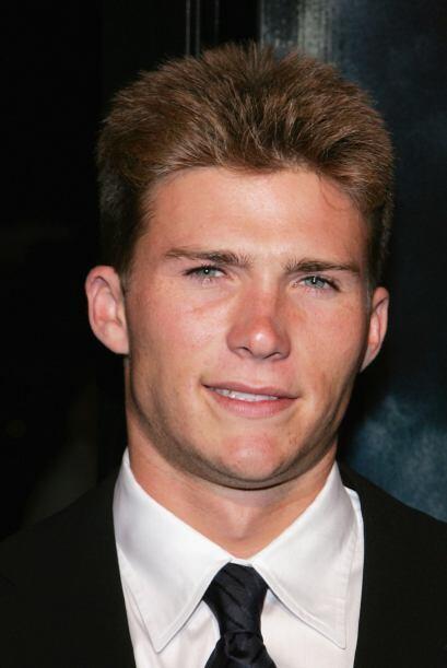Scott Reeves, o mejor conocido ahora como Scott Eastwood, apenas tiene 2...