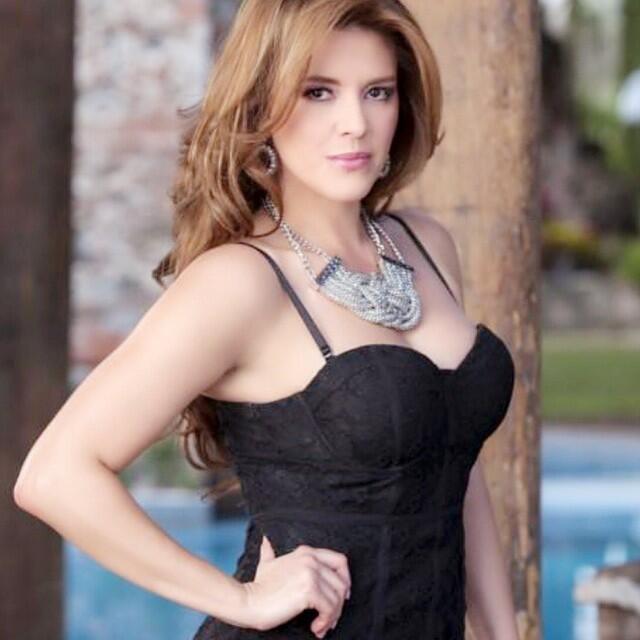 Alicia Machado cumple 21 años de ser reina de belleza 10963921_144627464...
