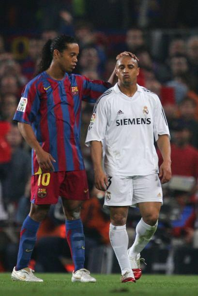 Pese a ser rivales por los colores que defendían, los brasileños Ronaldi...