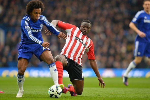 Pese al gol en contra erl Southampton se mantendría en la batalla presio...