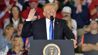 A pocas semanas de las elecciones, Trump sube su retórica contra los demócratas durante un acto de campaña