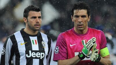 Buffon posiblemente firmó el último contrato de su trayect...
