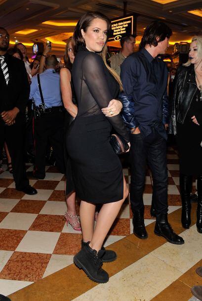Una de las más sensuales de la noche fue su hermana, Khloé Kardashian.