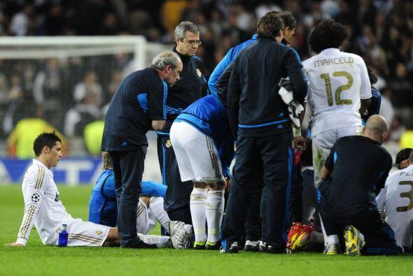 Los jugadores 'merengues' recibieron indicaciones de Mourinho antes de c...