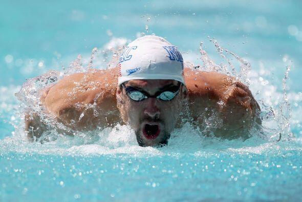 Phelps no pudo evitar la remontada en los últimos 25 metros de D'Arcy.