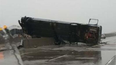 Dos personas murieron y otras 18 resultaron heridas en este accidente
