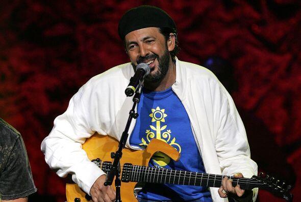 7. Y aunque es un cantante carismático y muy exitoso, Juan Luis Guerra s...