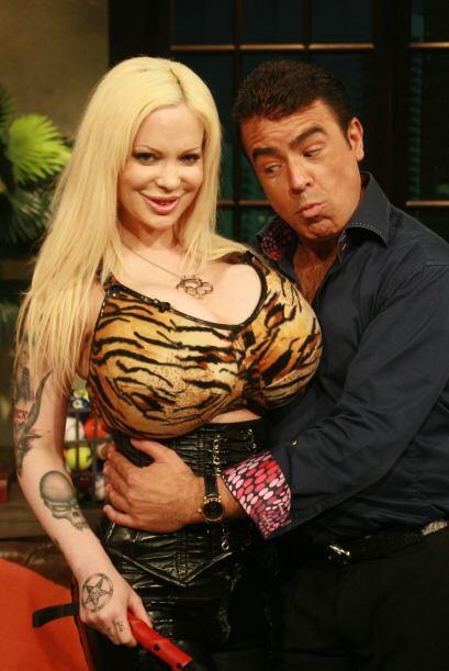 Y la visita de Sabrina que con su gran 'pechonalidad' dejó a los...