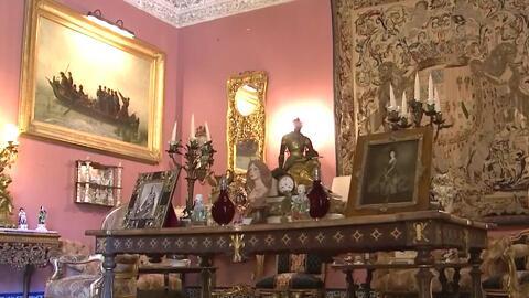 Marcela Sarmiento recorrió el Palacio de las Dueñas, hogar donde vivió l...