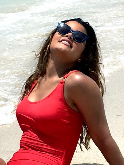 Clarissa Molina dejó al descubierto su tatuaje oculto en la grabación de...