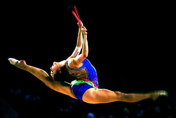 México oro en taekwondo y EEUU en gimnasia 8c28dc9e3a454787ac143219f6878...