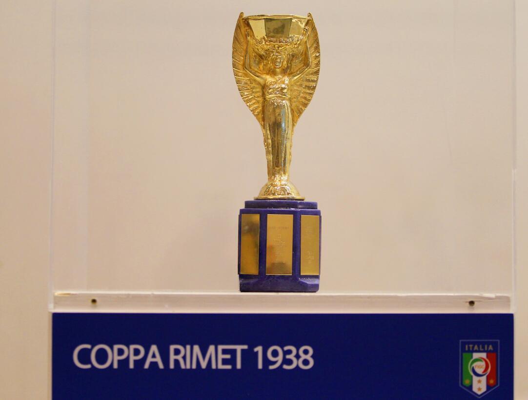 A 51 años del robo, el misterio detrás de la desaparición del trofeo Jul...