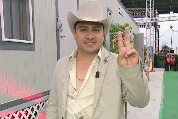 Julión, nacido el 11 de abril de 1983, confesó que es un hombre muy peno...