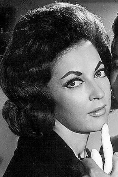 """""""Teresa"""" fue una telenovela basada en la película del mismo nombre,  se..."""