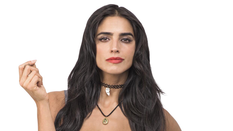 Bárbara de Regil es Rosario.