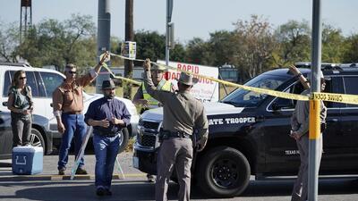 Las autoridades acordonaron los alrededores de la First Baptist Church o...
