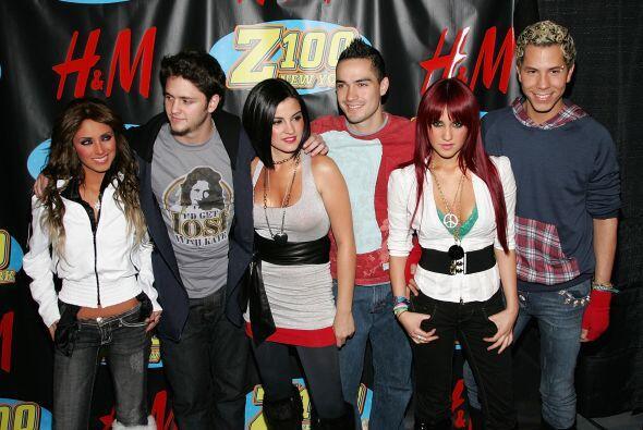 RBD definitivamente fue un fenómeno musical, el cual millones de...
