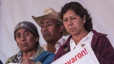 Los familiares de los 43 estudiantes mexicanos desaparecidos no creen en...
