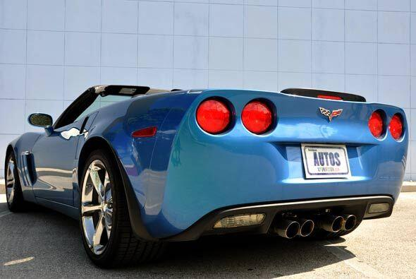 El Corvette GS 2010 hace un buen homenaje a su herencia competitiva.