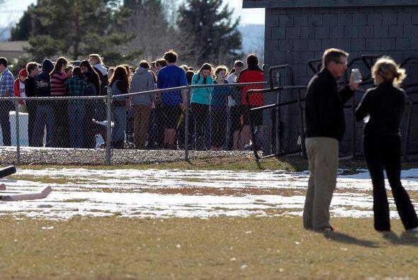 Los estudiantes vivieron momentos de angustia. (Fotografía tomada de Twi...