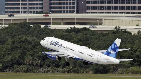 Imagen de archivo de un avión de la compañía JetBlue.