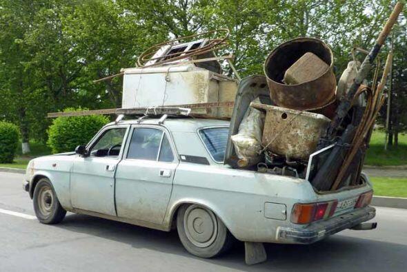 ¿Quién necesita una pick up, cuando se tiene un Volga GAZ-24 de la era d...