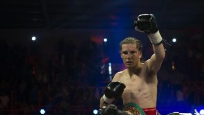 Carlos Cuadras enfrentaría a Luis 'Nica' Concepción.