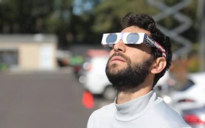 Diego Valeri durante el eclipse