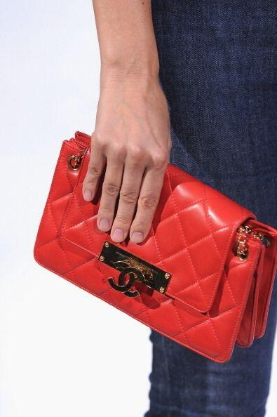 ¿Qué mujer no adora los bolsos? ¡Y más cuando son de marcas tan prestigi...