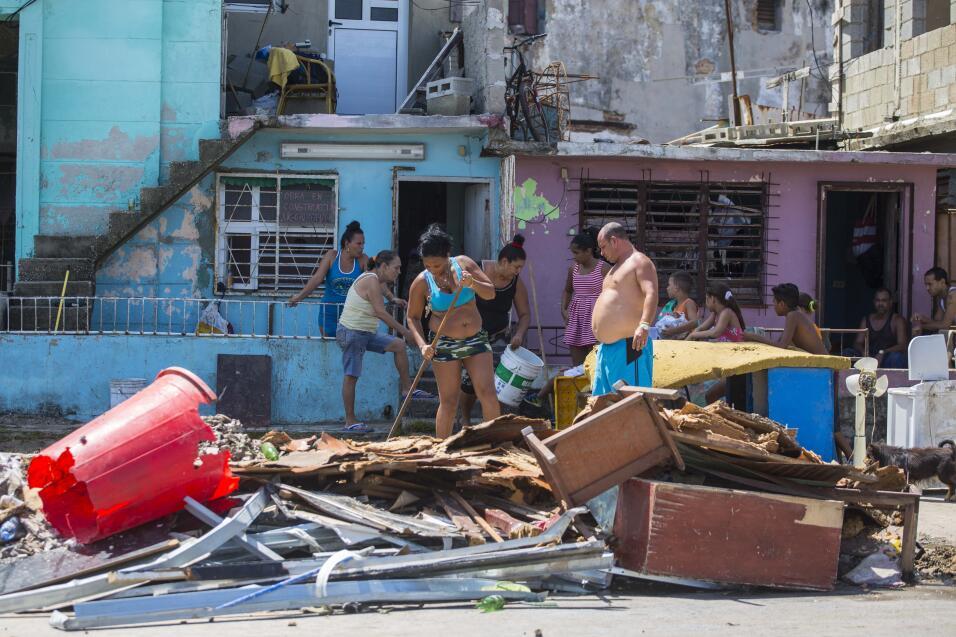 """No van al médico y todo lo curan con agua: los cubanos """"acuáticos"""" que v..."""