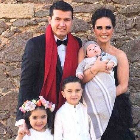 Joel Lizáraga y familia