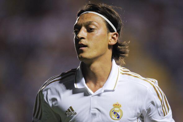 Mesut Ozil: es el futbolista con licencia para cambiar el juego del Real...