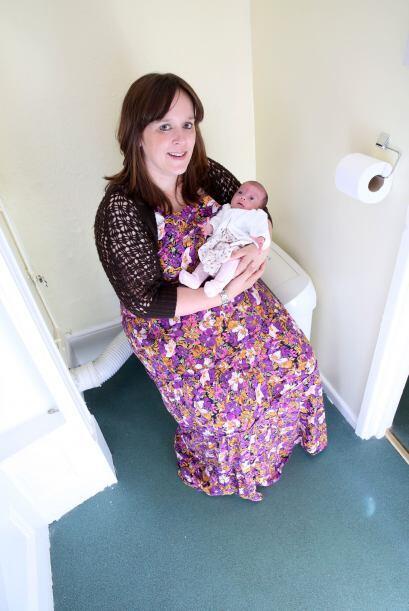 Mientras ella trabajaba en la guardería, su bebé decidió llegar al mundo...