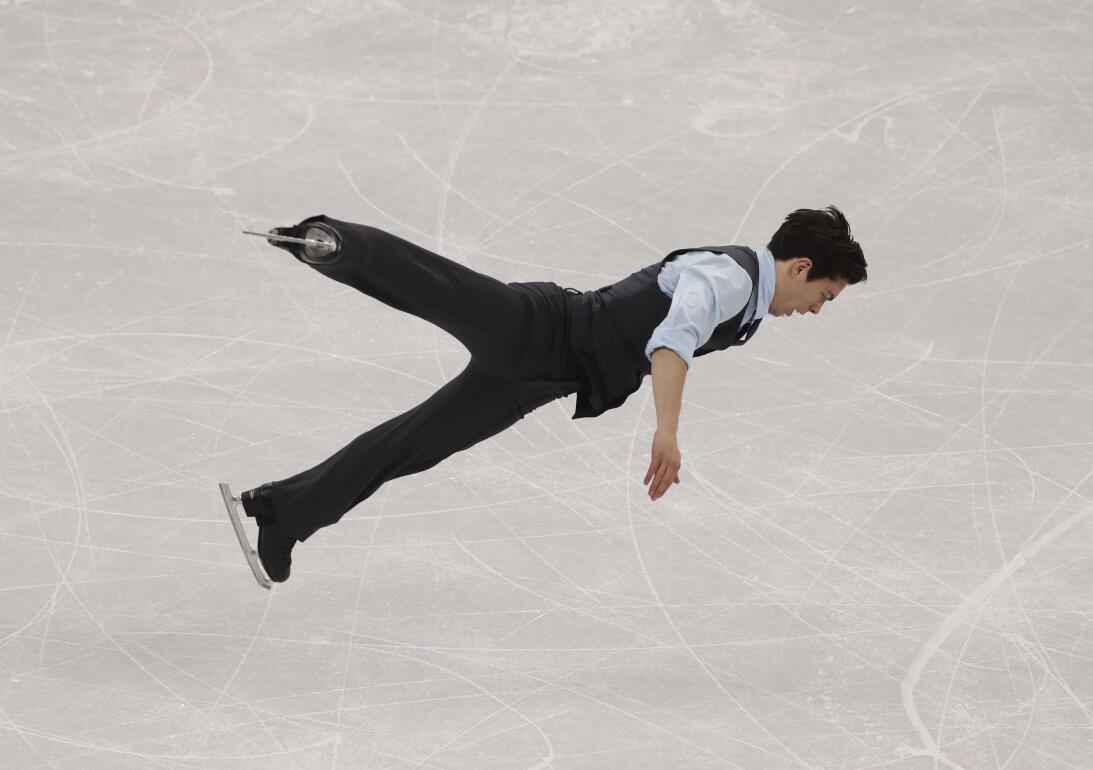 Una rutina impresionante tuvo el canadiense Keegan Messing en el patinaj...