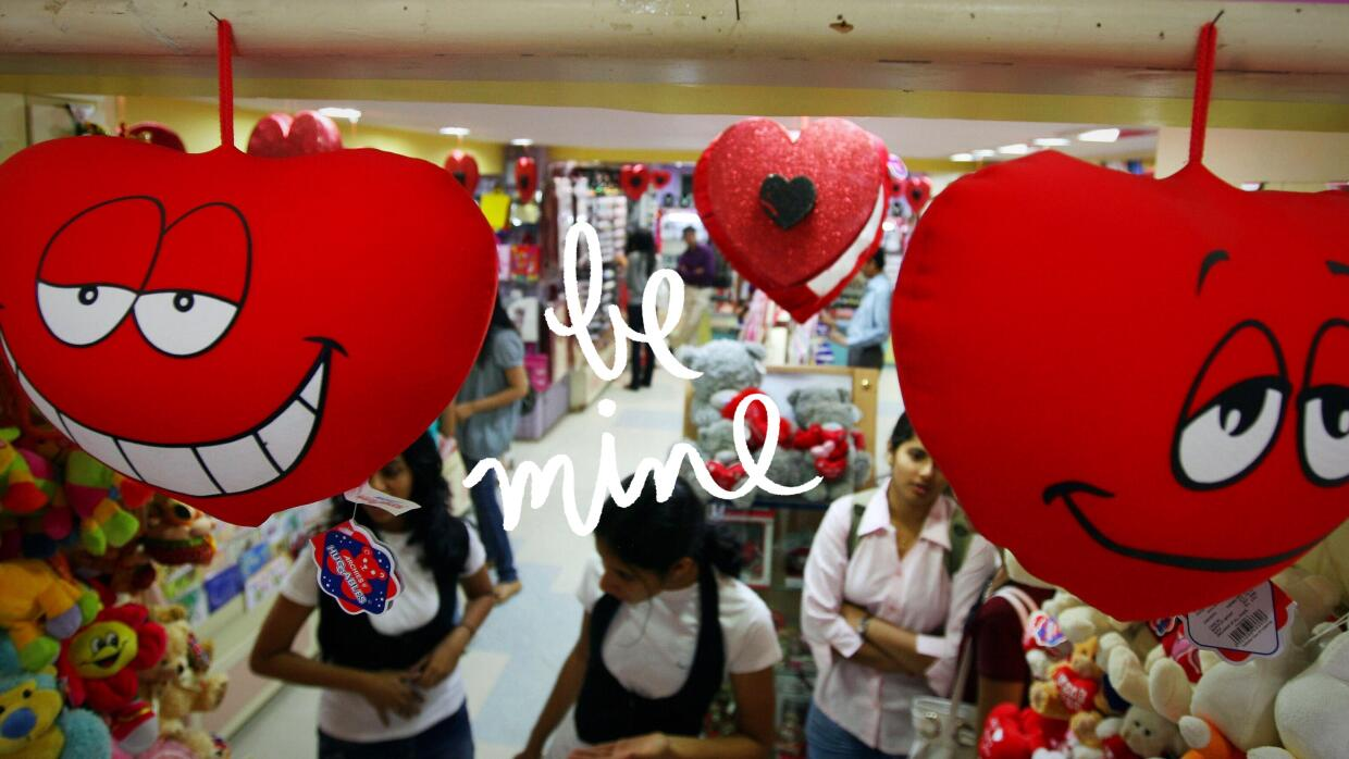 Indian girls shop for Valentine's day gifts in Mumbai