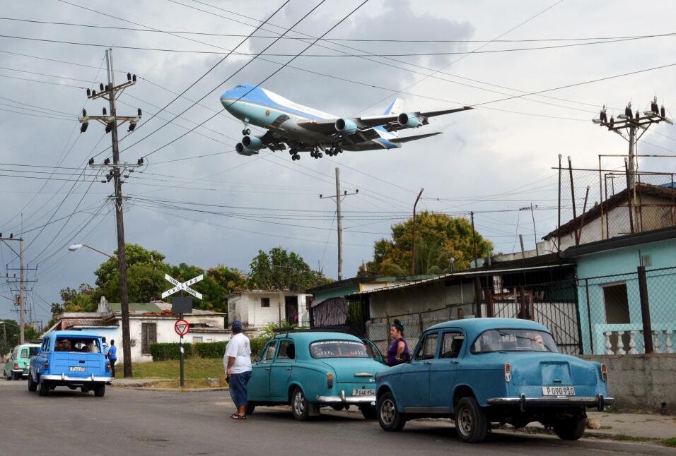Air Force One sobre Cuba