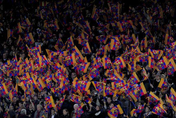 La Liga española, específicamente en el estadio Camp Nou,...