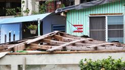 El total de viviendas que perdieron parte o la totalidad de los techos f...