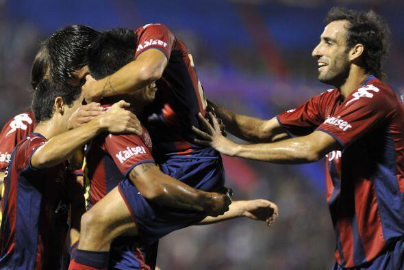 El ´Messi´ paraguayo argentino, Juan Iturbe, también anotó dos goles. En...