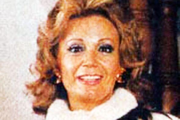 """Debutó como actriz en 1950, en la obra teatral """"Dulce Enemiga"""", según in..."""