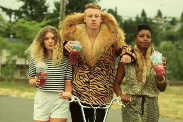 "#9 Macklemore & Ryan Lewis & Wanz- ""Thrift Shop""."