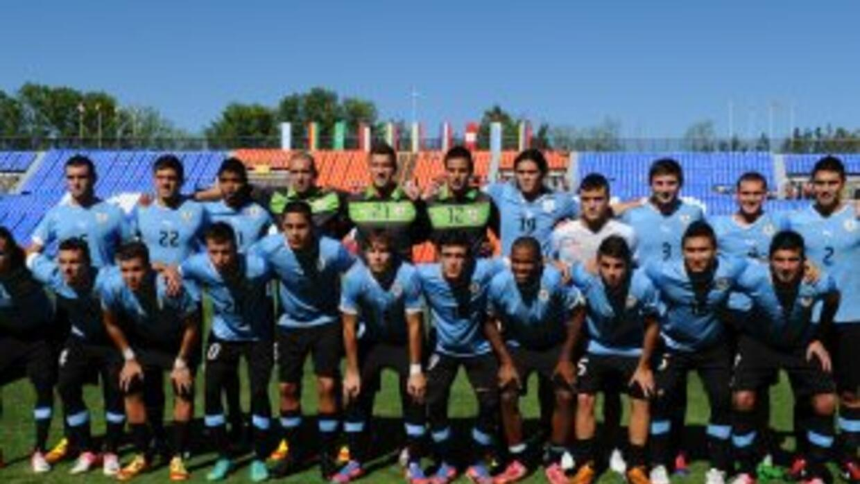 El seleccionado de Uruguay venció 1-0 a Ecuador y clasificó al Mundial...