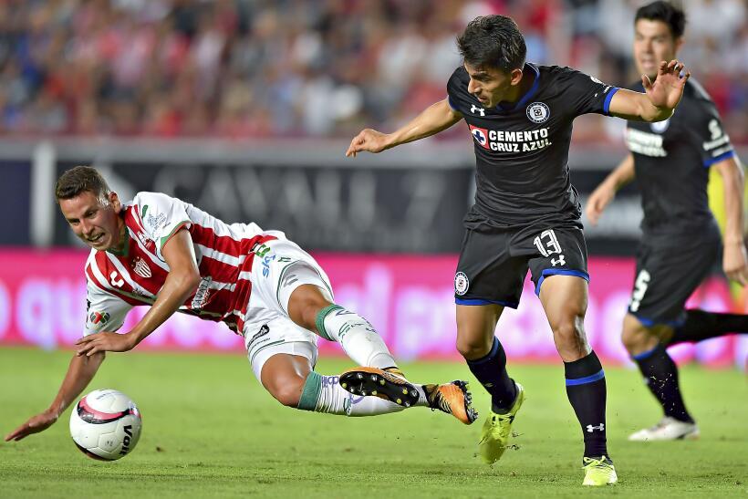 De la mano de Eduardo Vargas, Tigres derrotó a Lobos BUAP 20170823_7656.jpg